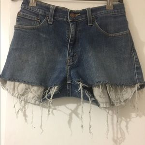 Levi's dark denim shorts /destroyed
